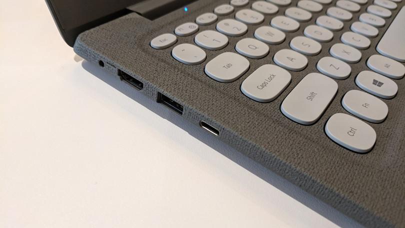 625818-samsung-notebook-flash